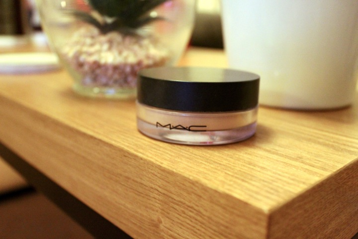 MAC Studio Fix Perfecting Powder | Review